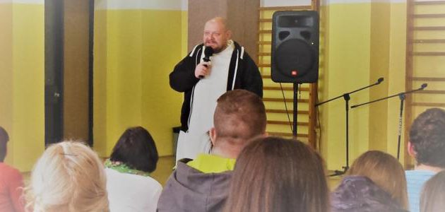 Do młodzieży o istocie Mszy Świętej i spowiedzi - Ojciec Tomasz Nowak OP