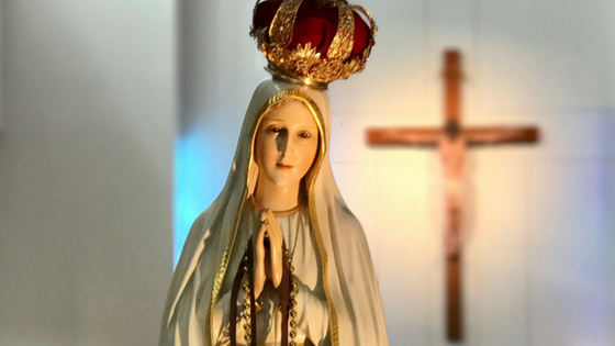 Pray the rosary to bring peace and the end of war