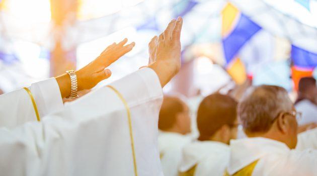 Lecturas del día y reflexión del evangelio: 18 De Abril 2019- Misa del Santo Crisma.