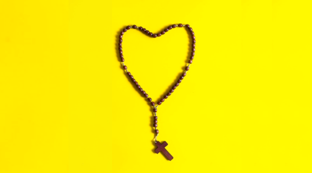 10 Saints' Quotes That Will Make You Love The Rosary Prayer!