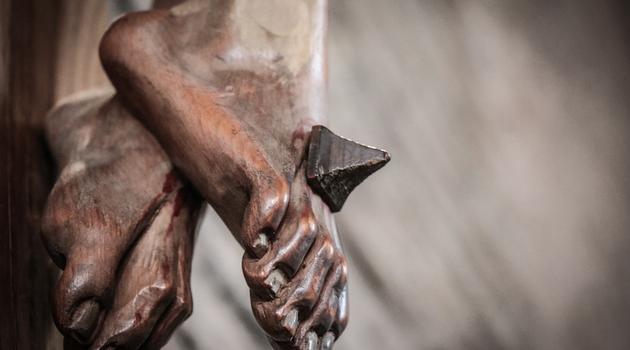 Lecturas del día y reflexión del evangelio: 19 De Abril 2019 - Viernes Santo de la Pasión del Señor